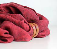 Šatky - Dámska elegantná ľanová šatka tmavočervenej farby s koženým remienkom - 8601748_