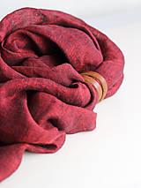 Šatky - Dámska elegantná ľanová šatka tmavočervenej farby s koženým remienkom - 8601750_