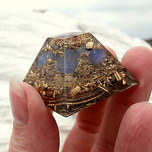 Dekorácie - Pyramida, *Tanzanit* Andělský kámen - 8605589_