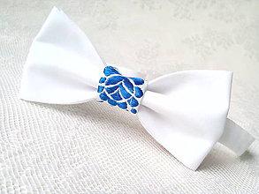 Doplnky - Slovak folklore bow tie (white/royal blue) - 8604042_