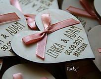 Darčeky pre svadobčanov - Svadobné magnetky srdiečko s mašličkou staroružovou - 8605987_