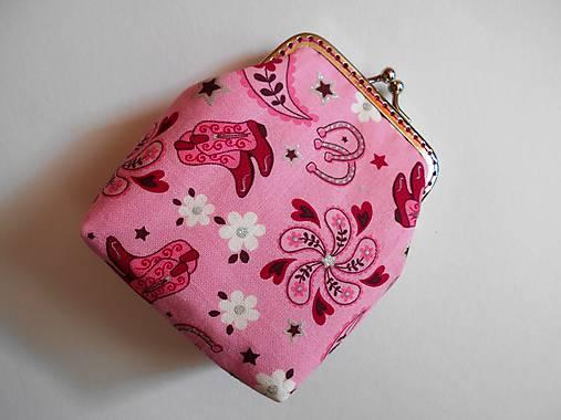 Ružová peňaženka