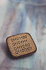 - ♥ Láska v binárnom kóde - brošňa zo série ''Zašifrovaná láska'' - 8603124_