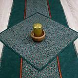 - Zelená batika a červeno zlaté hviezdičky - obrus štvorec 40x - 8603937_