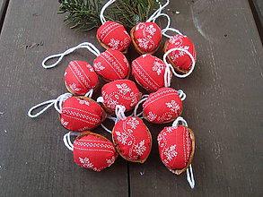 Dekorácie - Vianočné oriešky - 8606539_