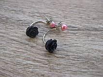 Náušnice - Duo double dvojité náušnice ružové s čiernou ružou č.1302 - 8607619_