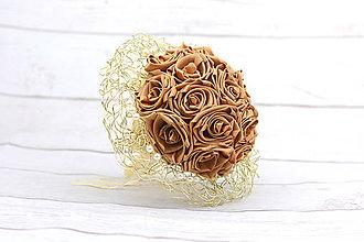 Kytice pre nevestu - Saténová kytica svadobná zlatá ruže - 8608120_
