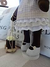 Bábiky - Usmievavý medvedík s vozíčkom - 8611775_