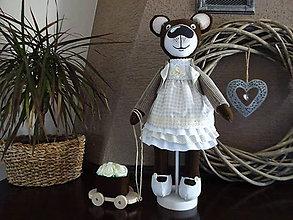 Bábiky - Usmievavý medvedík s vozíčkom - 8611768_