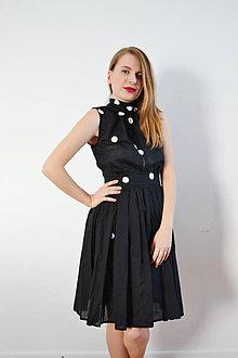 Šaty - Čierne šaty so sedmokráskami - 8613721_