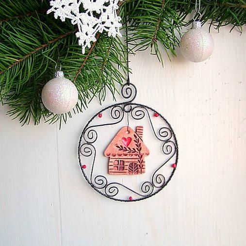 Dekorácie - vianočná dekorácia s domčekom - 8620767_