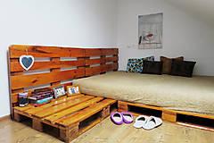Nábytok - Paletová manželská posteľ - 8622334_