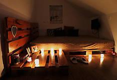 Nábytok - Paletová manželská posteľ - 8622352_