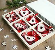 Dekorácie - Drevené vianočné ozdoby - Červená folklórna kolekcia - 8619524_