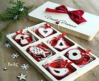 Dekorácie - Drevené vianočné ozdoby - Červená folklórna kolekcia - 8619527_