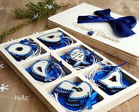 Dekorácie - Drevené vianočné ozdoby - Modrá folklórna kolekcia - 8619424_