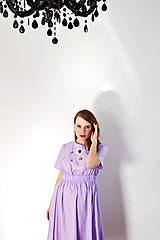 Šaty - Fialové šaty s vyšívaným dielikom - 8619176_