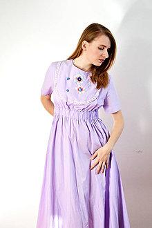 Šaty - Fialové šaty s vyšívaným dielikom - zľava - 8619175_