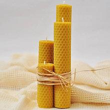 Svietidlá a sviečky - Adventné sviečky z včelieho vosku, 4 ks - 8624687_