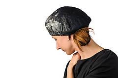 Čiapky - Šedá plstená baretka z Merino vlny a Alpaky - 8628194_