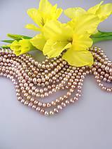 - perly fialkové pravé 5-6mm korálky - 8628831_