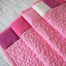 Úžitkový textil - Ružová zástena so štvorcovým lemom - 8624468_