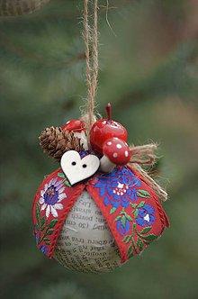 Dekorácie - Červená vianočná guľa - 8635790_