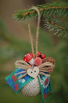 Dekorácie - Zelená vianočná guľa - 8635824_