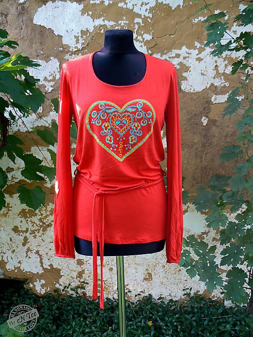 0eae734b2292 ľudové srdiečko- dámske tričko dlhý rukáv   entee - SAShE.sk ...