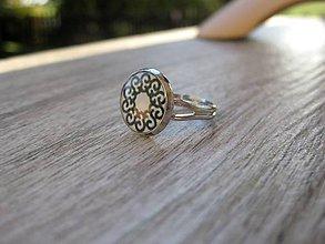 Prstene - Čierno biely prsteň malý - 8640587_