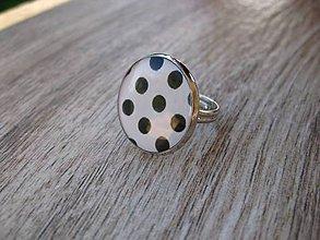 Prstene - Čierno biely prsteň veľký (Bielo čierne bodky - prsteň veľký č.1347) - 8640810_
