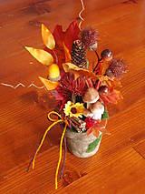 - Jesenná dekorácia s hríbikmi a slnečnicou - 8644945_