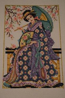 Obrazy - Vyšívaný obraz Geisha krížikovou výšivkou, nezaramovany - 8647046_