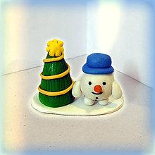Dekorácie - Zlatý vianočný stromček a tlstý snehuliak - 8644921_