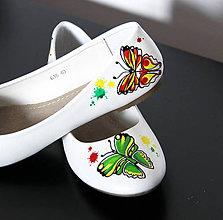Obuv - balerínky s motýľmi - 8651621_