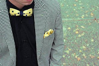 Doplnky - AKCIA! Pánsky motýlik žltý + modrá bodka - 8651700_