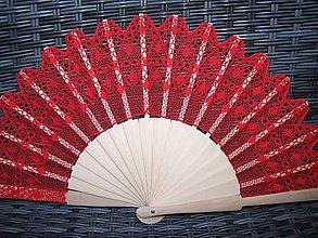 Nezaradené - Vášnivý červený vejár z paličkovanej čipky - 8649191_