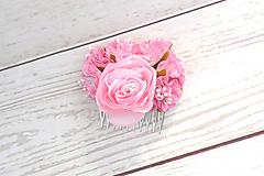 Hrebienok ružová ruža