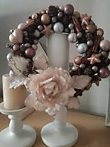 Dekorácie - Vianočný veniec nežná ružová - 8655547_