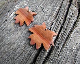 Náušnice - Javorové lístky ze švestkového dřeva - 8653548_