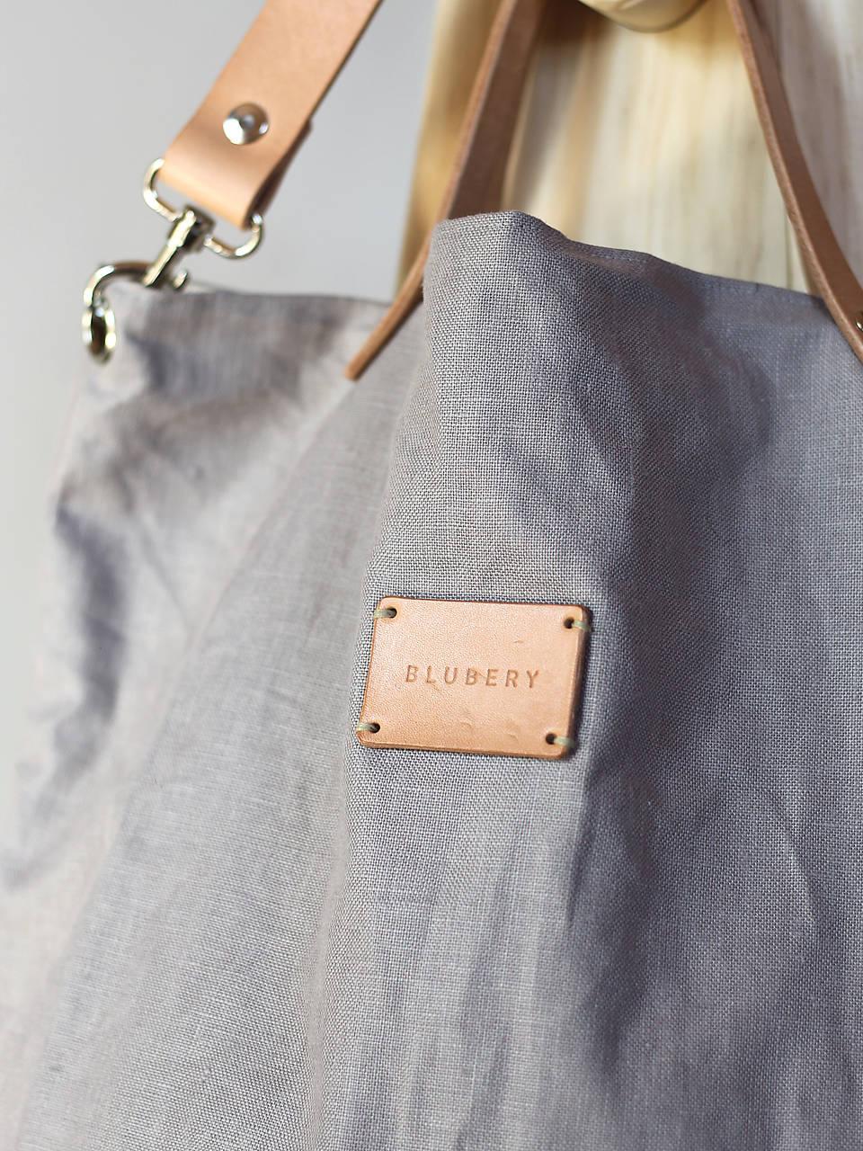 ... Dámska elegantná kabelka zo šedého ľanu s koženými remienkami ... d4c823f9e4c
