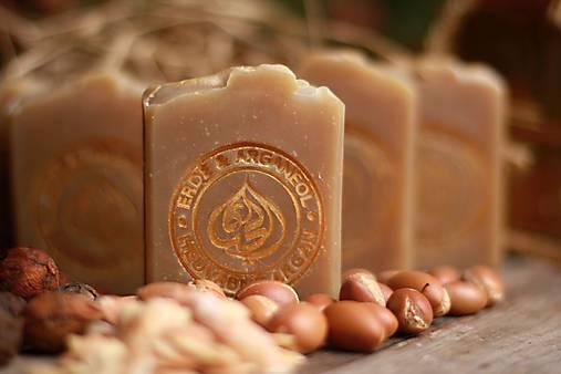 HODVÁBNY ARGAN - tuhý prírodný šampón