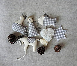 Dekorácie - Sada vianočných ozdôb 5 šedé káro - 8652745_