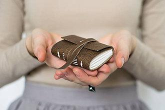 Papiernictvo - Kožený pidizápisník Jojo - 8654011_