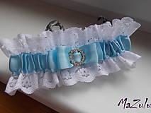 Bielizeň/Plavky - Svadobný podväzok s trochou modrého - 8657781_
