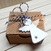 Obalový materiál - Dárková přírodní krabička 6,0X5,8X3,3 cm - 8658640_