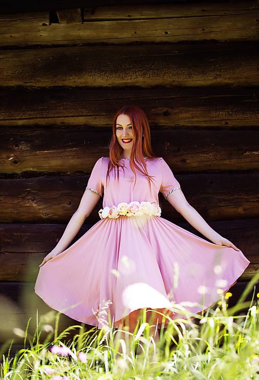 Ružové bambusové šaty
