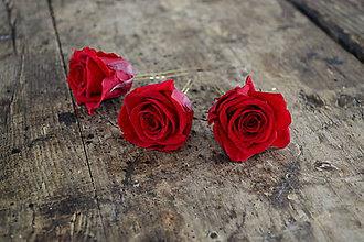 Ozdoby do vlasov - Sponka s veľkou konzervovanou ružou - 8659766_