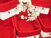 Košíky - Košíky - Biele v červenej košieľke - 8661357_