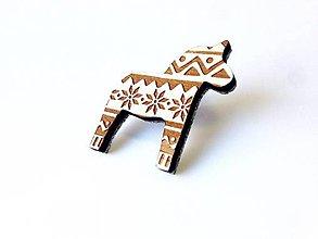 Odznaky/Brošne - Koník Štrikovanec biely - 8662277_